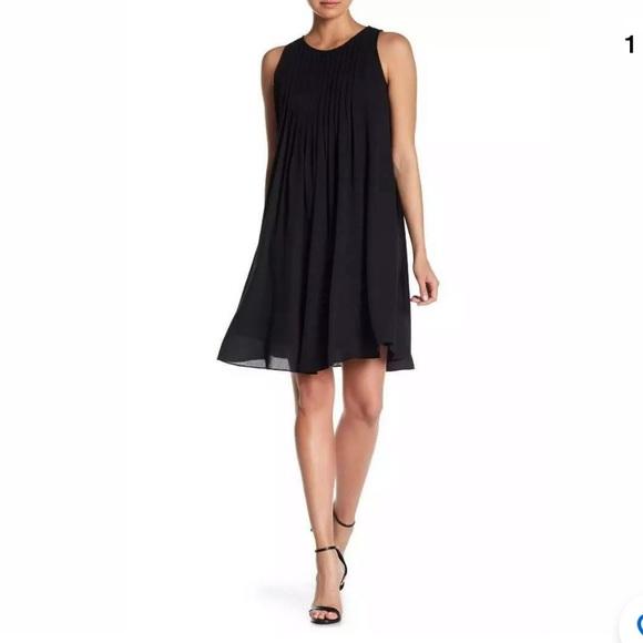 Nanette Lepore Dresses & Skirts - NWOT Nanette Lepore Pleated Shift Dress